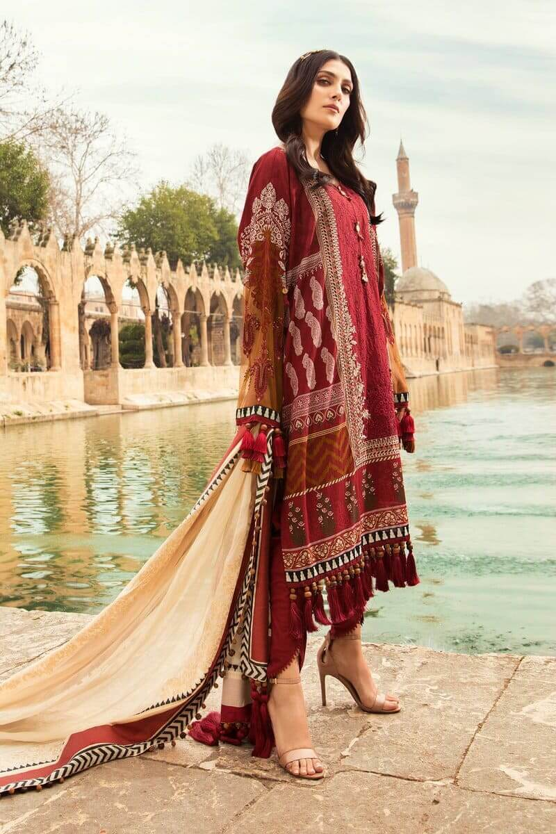 Mariab Lawn Summer Collection 2021 Designer Suits D-2102-A