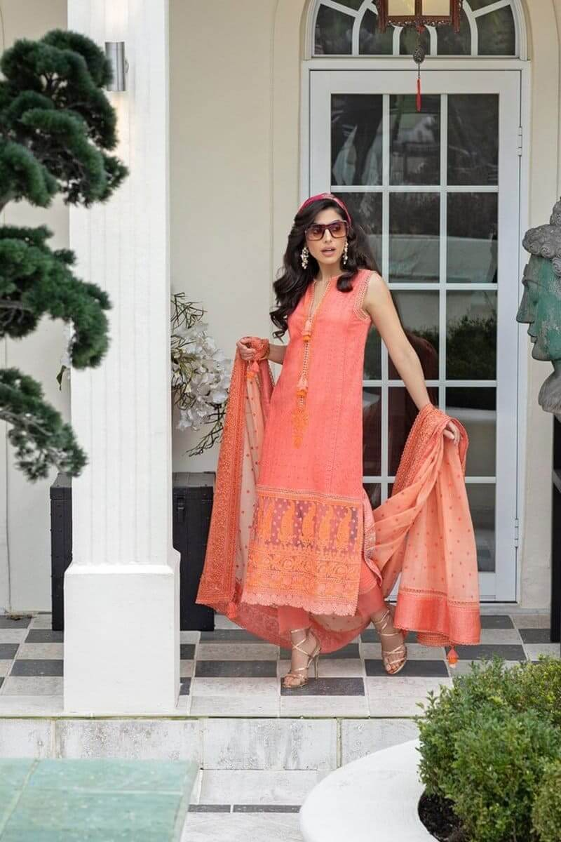 Luxury Lawn 2021 by Sobia Nazir Pakistani Suits Design 3A
