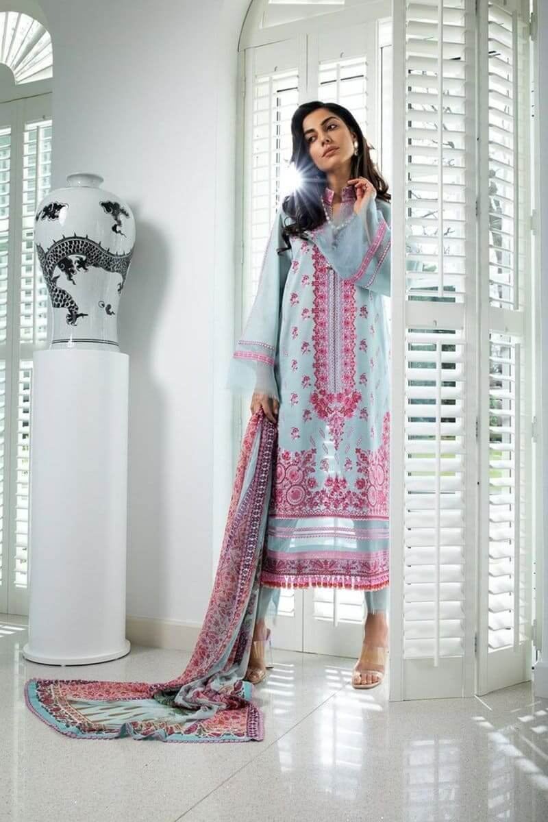 Luxury Lawn 2021 by Sobia Nazir Pakistani Suits Design 5B