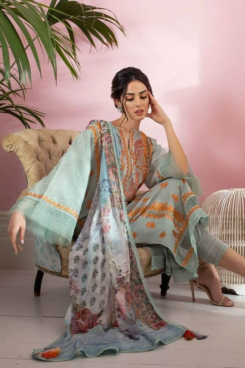 Sobia Nazir Vital Lawn 2021 Pakistani Suits Design 2B