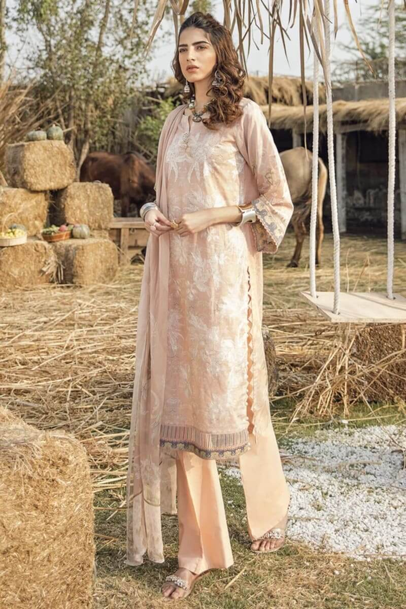Iznik Guzel Lawn Collection Salwar Kameez GL20-04 Promised Land