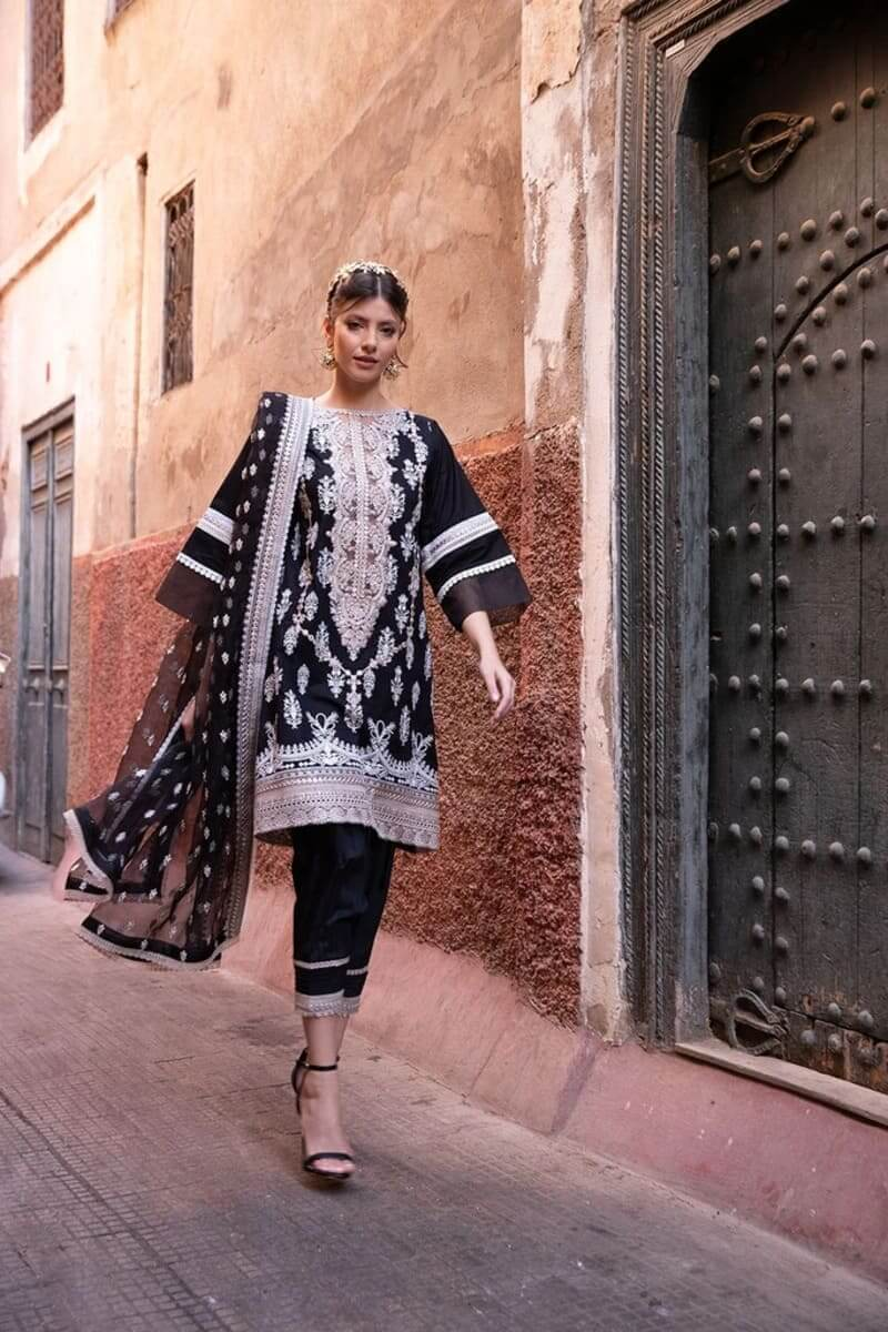 Sobia Nazir Luxury Lawn Collection 2020 Pakistani Suits Design 10A